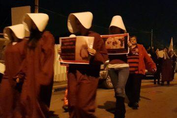 """אימהות חד הוריות במחאה מחוץ לביתה של ח""""כ איילת שקד"""